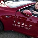 Tesla, Musk si blocca lo stipendio per i prossimi dieci anni - Wired
