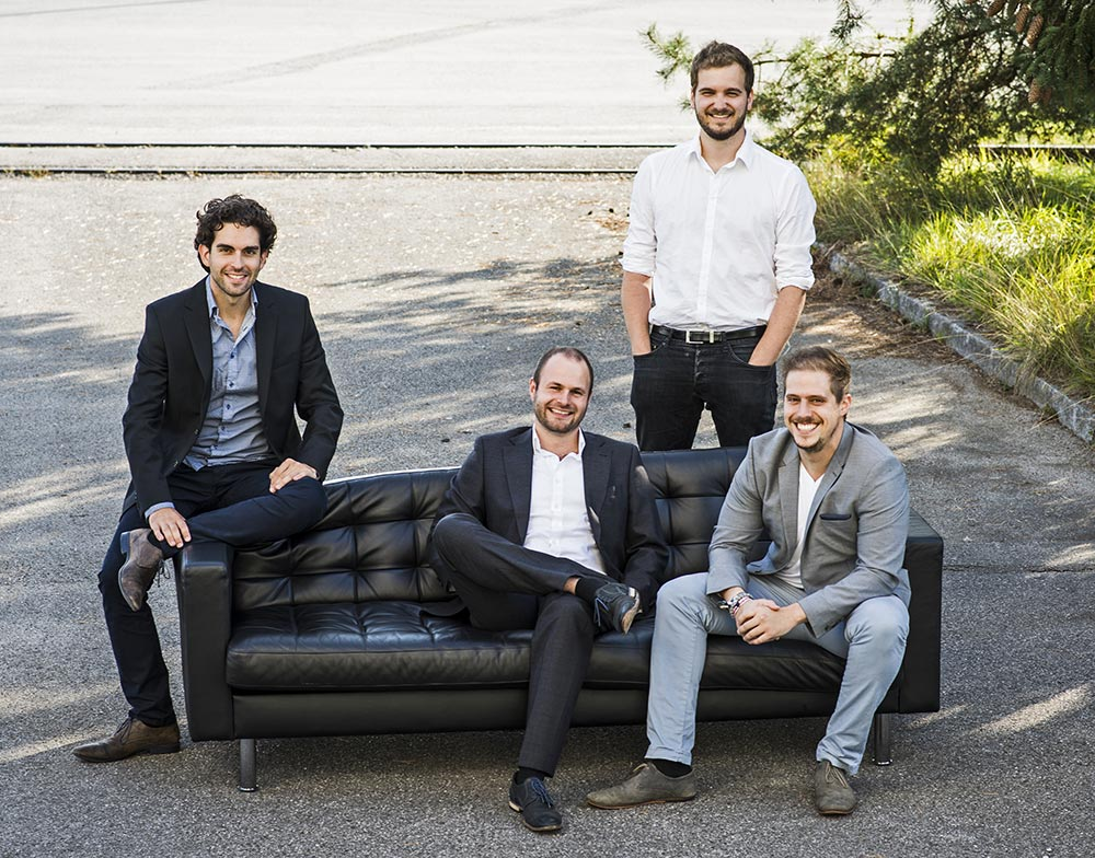La squadra di Lilium Aviation: da sinistra a destra: Daniel Wiegand (Ceo), Sebastian Born (Head of Mechanics), Matthias Meiner (Head of Flight Control) e Patrick Nathen (Head of Aerodynamics)